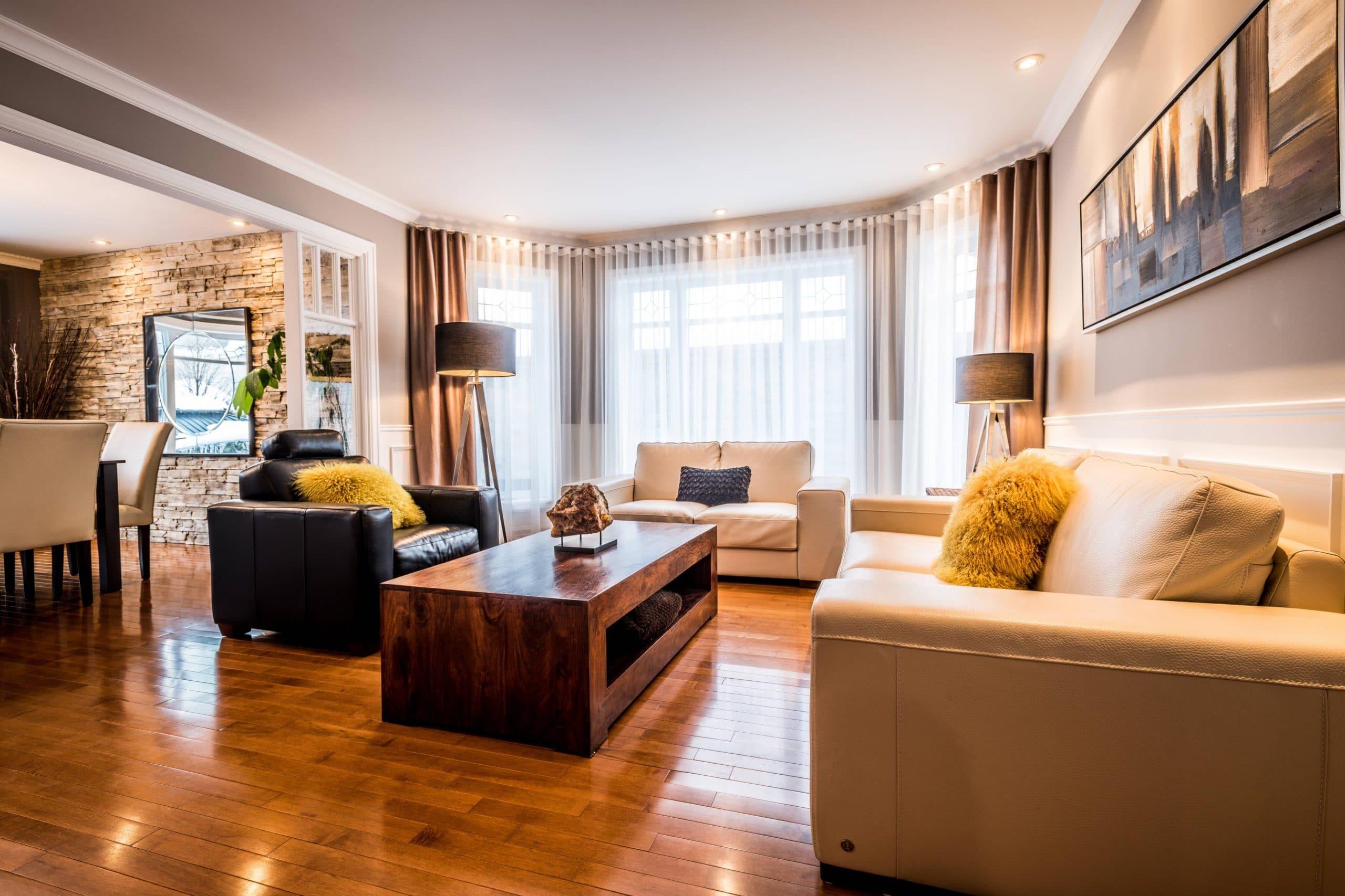 Pour rehausser votre décor, optez pour de magnifiques rideaux ripplefold